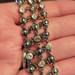 💚2/$20 Rhinestone & Faux Pearl Bracelet